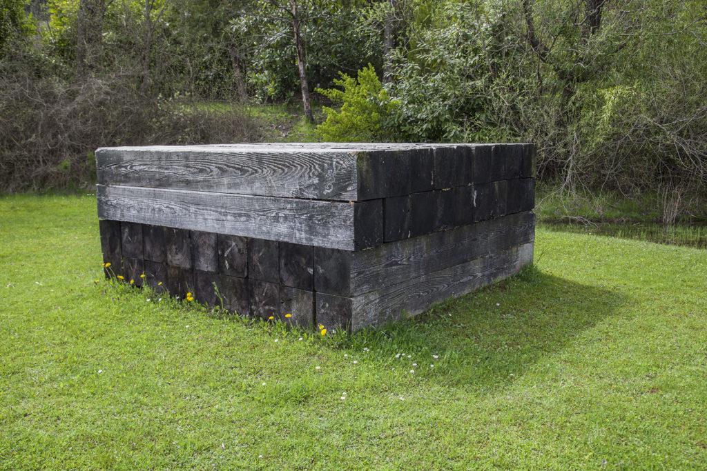 ROBERT-GROSVENOR_Untitled_Art-Park-Collezione-Egidio-Marzona-Verzegnis_Prodotta-66-Collocata-a-Verzegnis-90s_Ph.-©-Eva-Basso_9-1024×683-1024×683